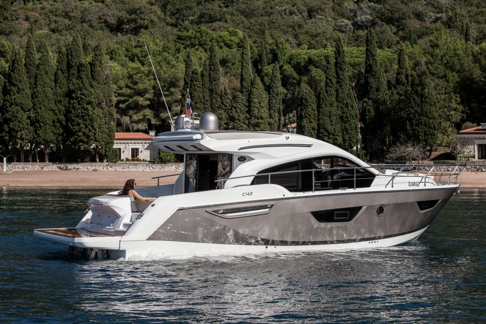 SESSA C42: Un piccolo Super Yacht